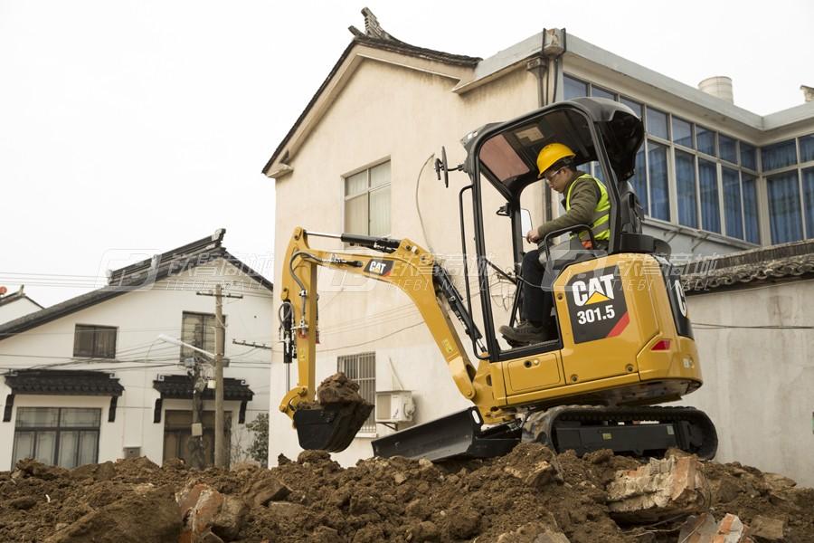 卡特彼勒新一代CAT®301.5小型液压挖掘机外观图5