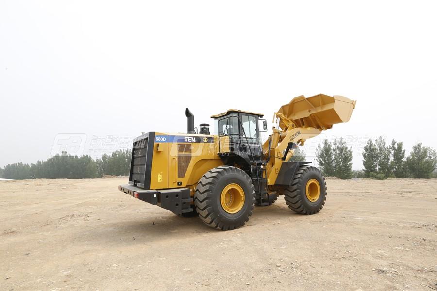 山工SEM680D轮式装载机外观图2