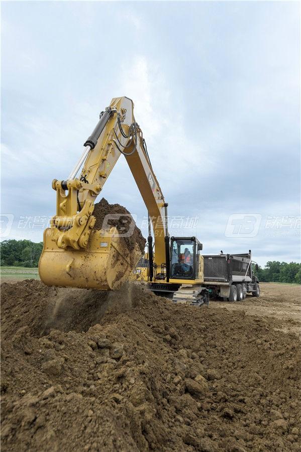 卡特彼勒新一代CAT® 330液压挖掘机外观图9