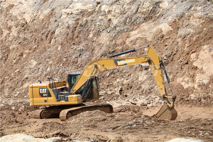 卡特彼勒新一代CAT® 323液压挖掘机外观图18