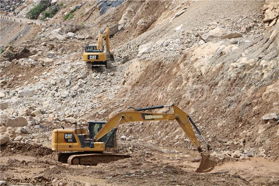 卡特彼勒新一代CAT® 323液压挖掘机外观图19
