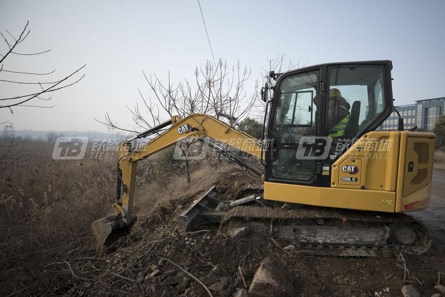卡特彼勒新一代CAT®306.5小型液压挖掘机外观图1