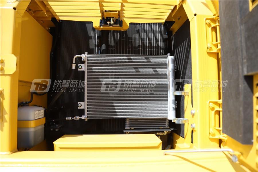 小松PC240LC-8M0液压挖掘机细节图4