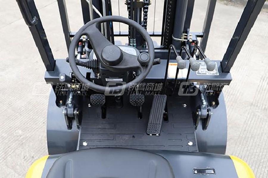 柳工CPCD30内燃3.0T平衡重式叉车细节图1