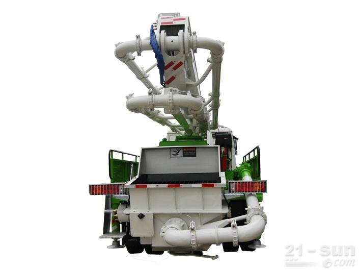 鸿得利重工HDL5160THB(24M)混凝土泵车外观图3