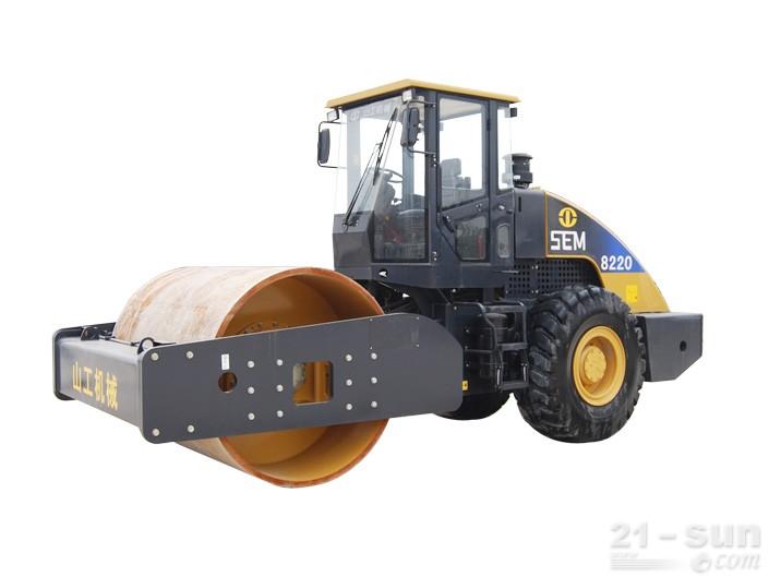山工SEM8220单钢轮压路机外观图2