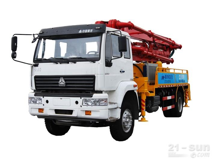 宜工JTZ5160THB22米臂架泵泵车外观图1