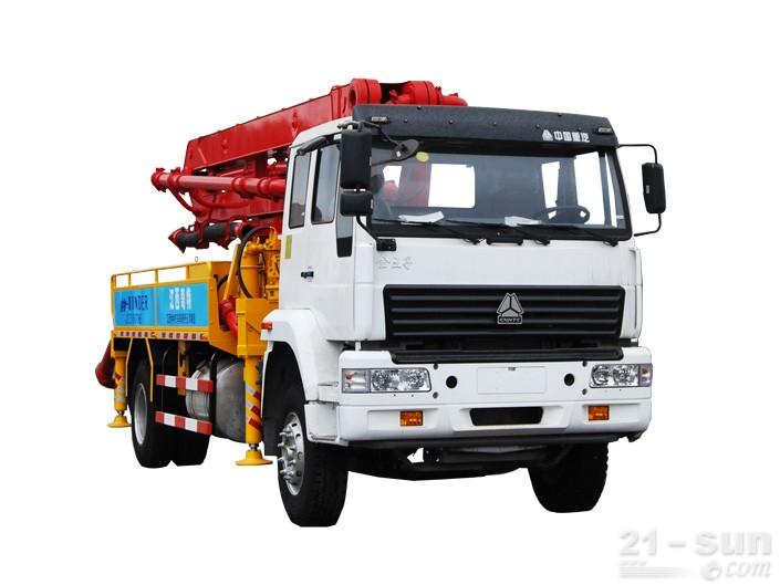 宜工JTZ5160THB22米臂架泵泵车外观图4