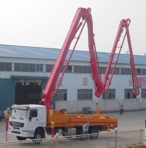 通亚汽车CTY5280THB-38ZX170混凝土臂架泵车