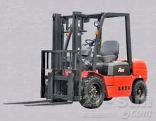 杭叉A系列2.0-3.8吨内燃平衡重式叉车