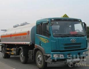 东风CSC5251GYYC解放油罐车