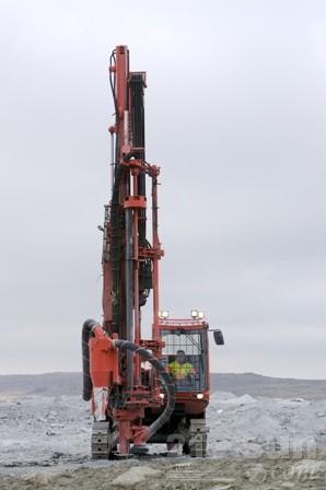 山特维克DP1500露天顶锤钻机