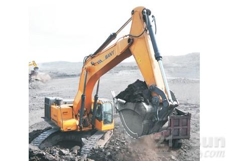 三一SY700C挖掘机