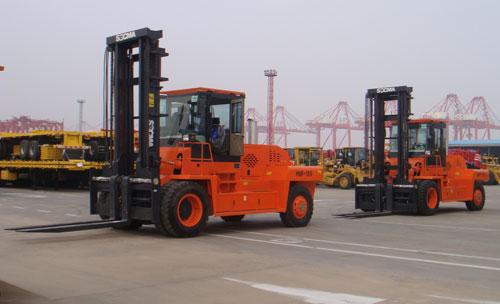 华南重工HNF150G通用用途叉车
