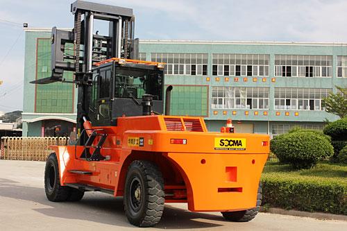 华南重工HNF300M矿山专用叉车