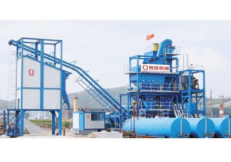 泉成机械QC(P)成品仓旁置式混凝土搅拌设备