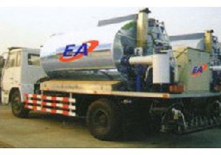 欧亚机械EA 860沥青洒布车图片