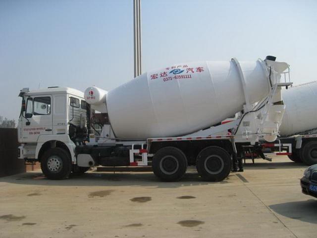 宏达JYC5255GJB混凝土搅拌运输车