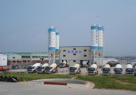 南侨HZS50商品混凝土搅拌站图片