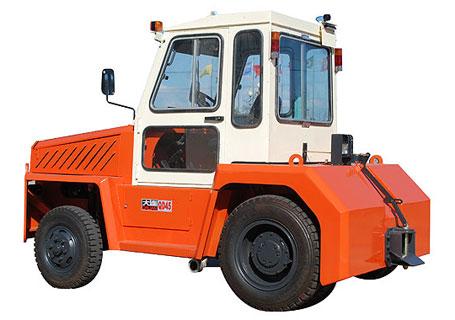 大连QD系列(3.5-5.0T)内燃牵引车图片
