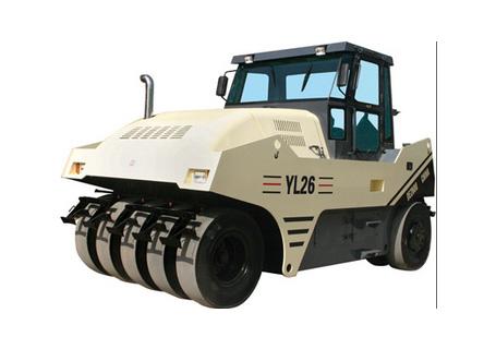 路星YL26型轮胎压路机