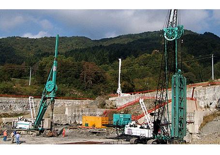 卡萨阁蓝地FD 60吊臂式桩工机械图片