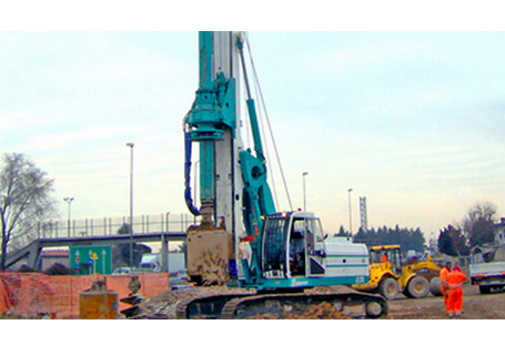 卡萨阁蓝地B170旋挖钻机