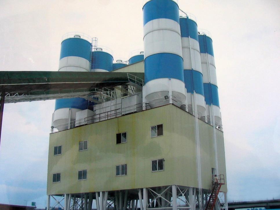 百巨建机HL混凝土搅拌楼