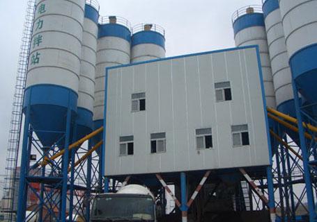 三驾机械2HZS120(2HZS100)商品混凝土搅拌站图片