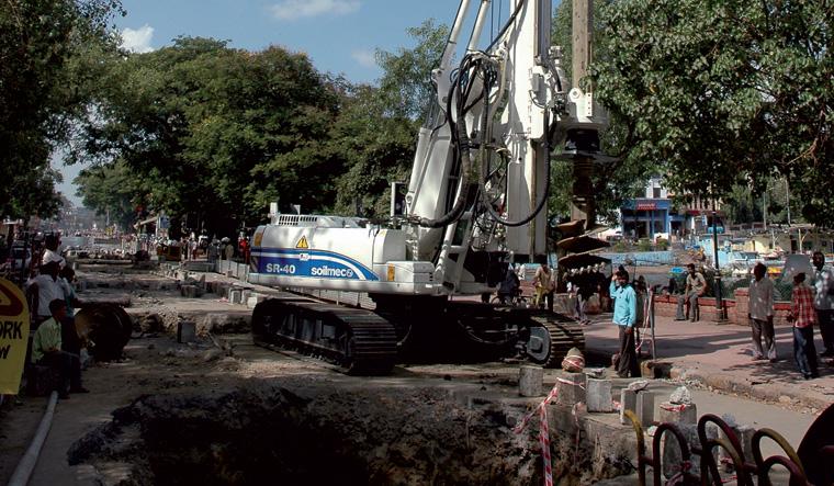 土力机械SR-40大口径旋挖桩图片