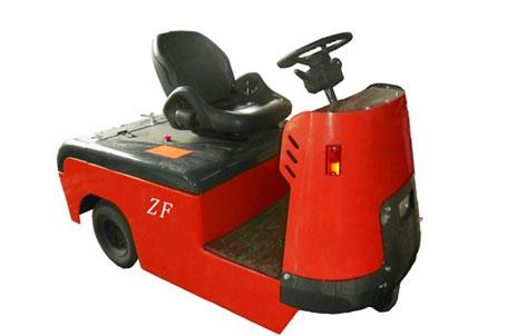 中方机械ZHQ-ED30牵引车