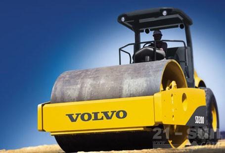 沃尔沃SD200重型单钢轮振动压路机