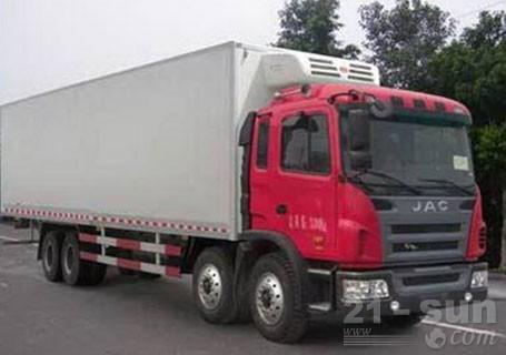 青岛雅凯江淮格尔发4*2,7.5米8吨冷藏车