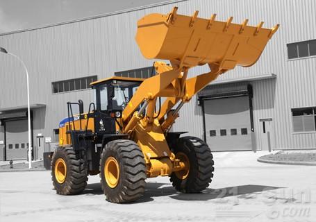 山工SEM657C轮式装载机图片