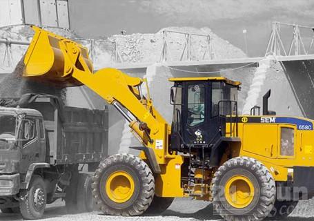 山工SEM658C轮式装载机图片