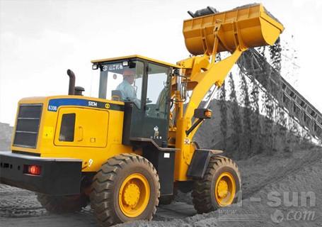 山工机械SEM630B轮式装载机