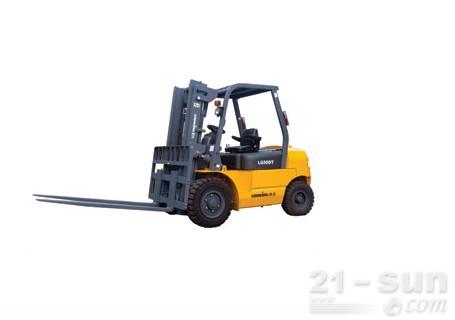 龙工LG50DT(小五吨车)普通内燃叉车