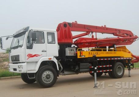 惠龙机械18米臂架混凝土泵车图片