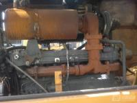 龙工装载机维修图片