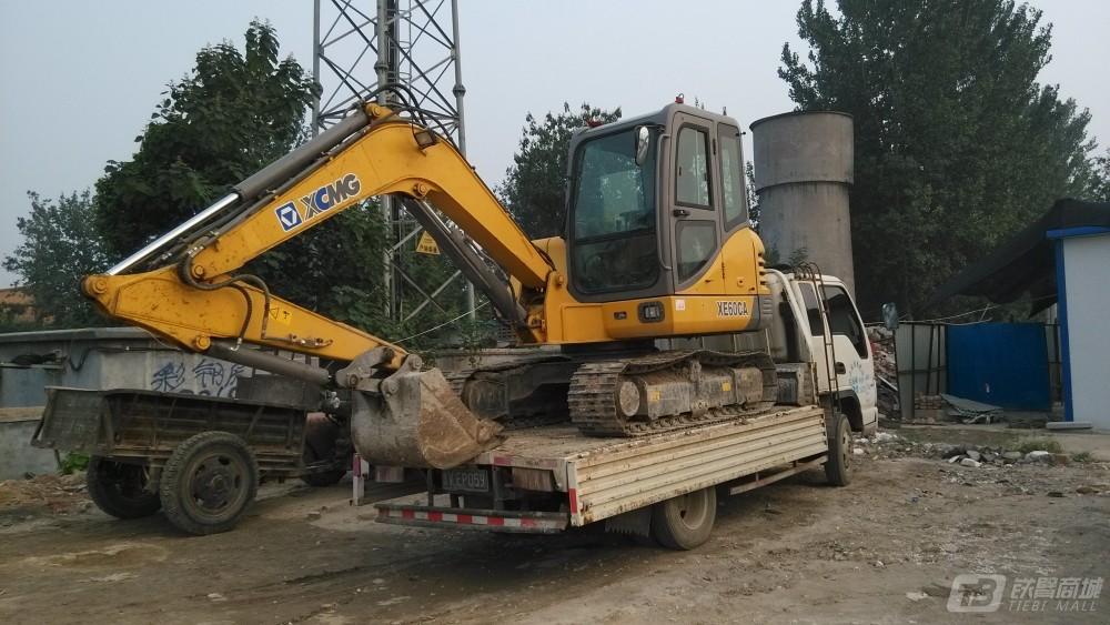 徐工XE60CA挖掘机外观图2