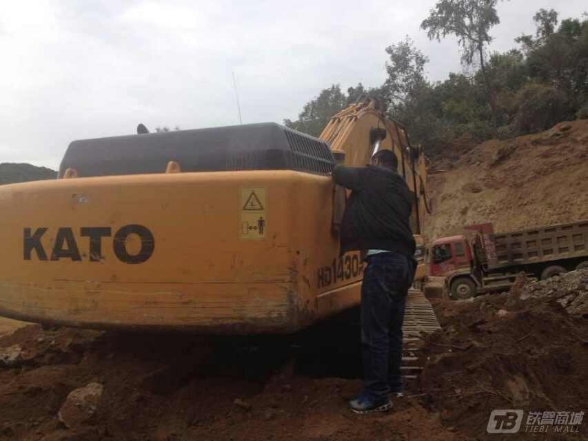加藤HD1430R挖掘机外观图2