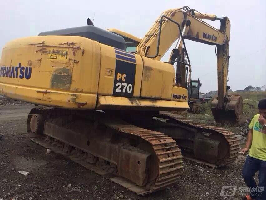 小松PC270-8液压挖掘机外观图2