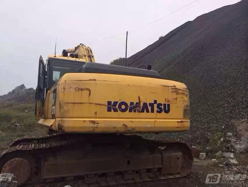 小松PC270-8液压挖掘机外观图5