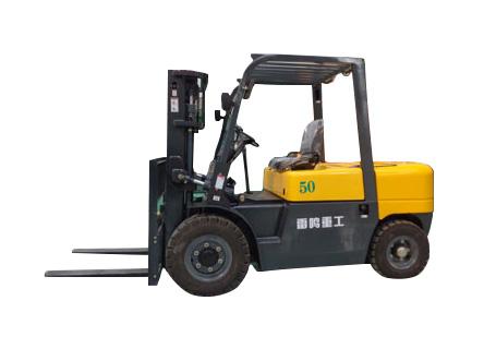 雷鸣重工CPC(D)50内燃平衡重式叉车图片
