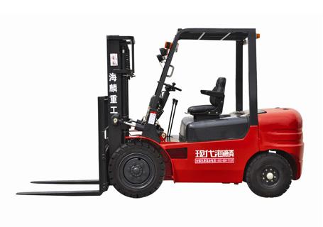 现代海麟2.5吨柴油内燃叉车图片