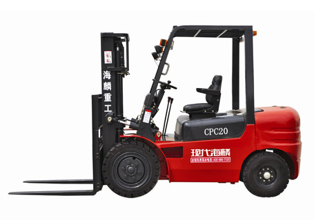 现代海麟2吨柴油内燃叉车图片