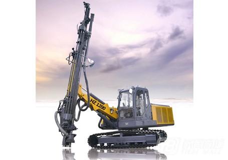 恒至凿岩HZ1200全液压露天凿岩钻车图片