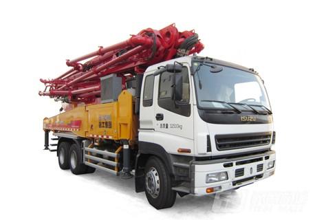 徐工HB48K(五十铃底盘)混凝土泵车