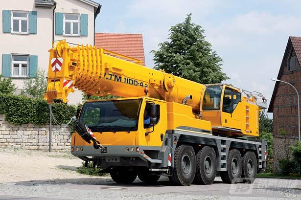 利勃海尔LTM 1100-4.2汽车起重机