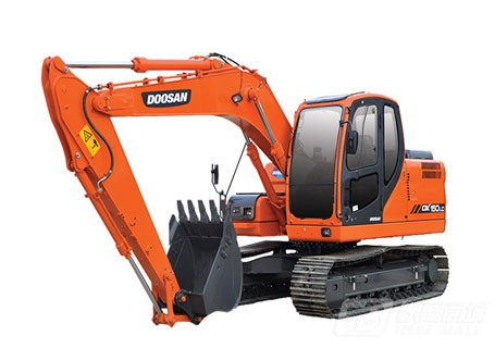 斗山DX150LC挖掘机图片